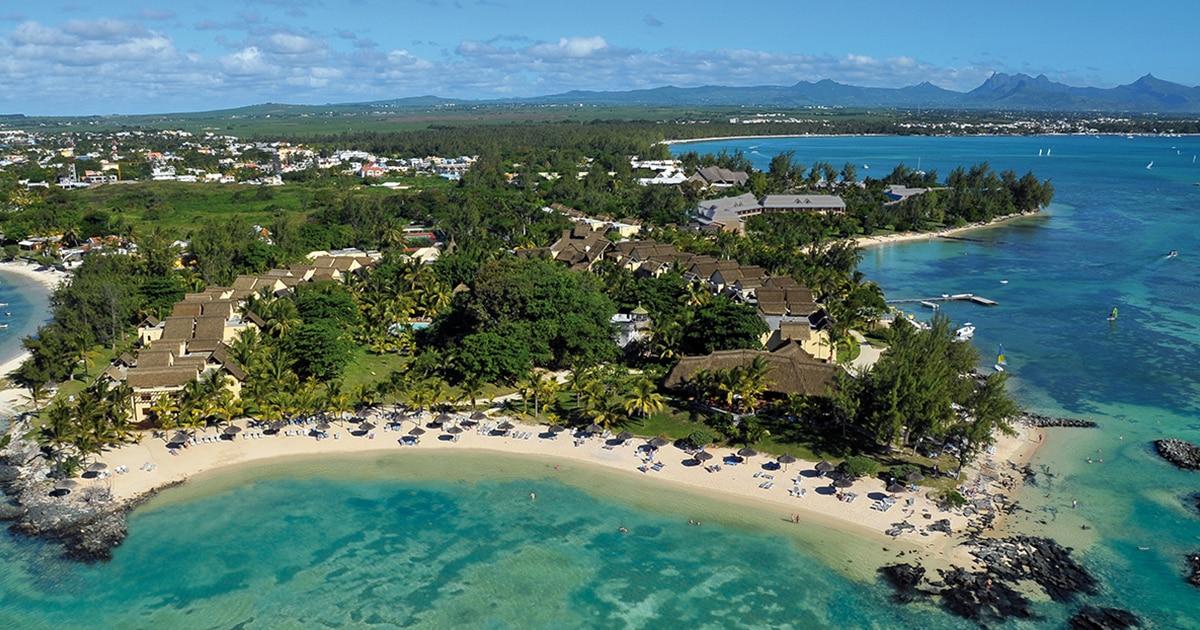 article-blogue-voyage-le-canonnier-beachcomber-golf-resort-spa-vue-aerienne-plaisir-et-bien-etre.jpg